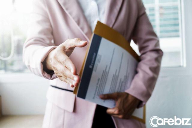 Không có kinh nghiệm gì để viết vào CV? Đó là vì bạn chưa biết cách tô điểm cho mình mà thôi - Ảnh 2.